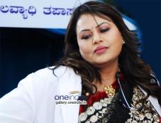 Jayalakshmi in Jaali Baaru Mattu Poli Hudugaru Photos
