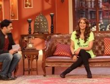 Kapil Sharma & Bipasha Basu on The Sets of Comedy Nights Photos