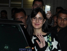 Katrina Kaif snapped at airport Photos