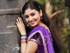 Monica still from film Nathikal Nanaivathillai Photos