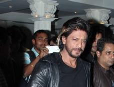 Shahrukh Khan snapped at a bar launch Photos