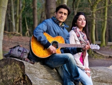 Ali Zafar and Yami Gautam still from Total Siyapaa Photos