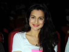 Ameesha Patel at Pankaj Udhas concert Photos
