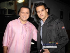 Jimmy Shergill and Mandar Chandwadkar on the sets of Taarak Mehta Ka Ooltah Chashmah Photos