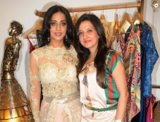 Mahi Gill with Amy Billimoria during her makeover for her film Gangs of Ghosts Photos