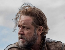 Russell Crowe still from Noah Photos