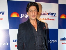 Shahrukh Khan at Mid Day newspaper's relaunch party Photos
