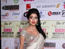 Shriya Saran at GR8 Women Awards 2014 redcarpet Photos