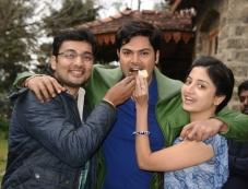 Ganesh Venkatraman's birthday at the sets of Achharam Photos