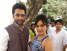Jackky Bhagnani and Neha Sharma promote Youngistaan on the sets of tv serial Nandini Photos