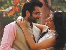 Jackky Bhagnani and Neha Sharma still from Youngistaan Photos