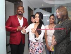 Janani Iyer inaugrates Essensuals Salon Photos