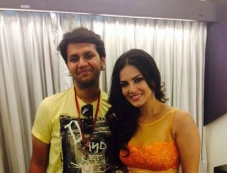 Sunny Leone promote Ragini MMS 2 in Ahmedabad Photos