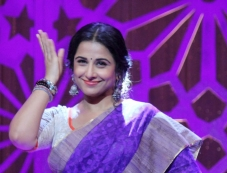 Vidya Balan shoots for Women's Day special on Star Plus Photos