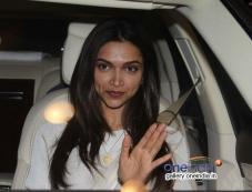 Deepika Padukone leaves for IIFA 2014 Photos