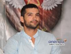 Diganth at Parapancha Movie Press Meet Photos