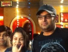 Kapil Sharma celebrates birthday with Comedy Nights with Kapil show stars Photos