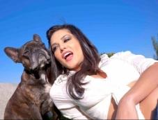 Sunny Leone poses with dog Photos
