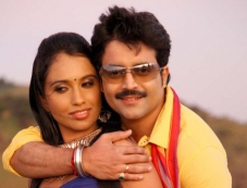 Kannada Movie Kalabereke Photos