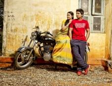 Niranjan, Nithya Shetty in Aivarattam Photos