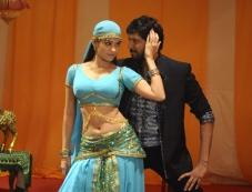 Sanjay and Sanyathara in Meimaranthen Movie Photos