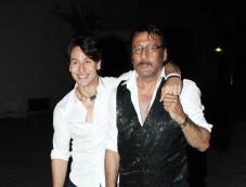 Tiger Sharoff & Jackie Sharoff at Heropanti Premiere Show Photos