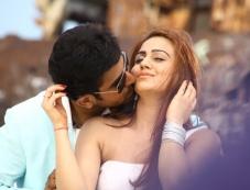 Vijay Antony and Aksha Pardasany still from Tamil Movie Salim Photos