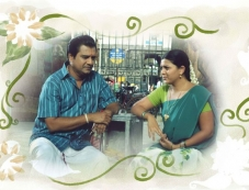 Vivek and Swetha still from Naan Than Bala Movie Photos