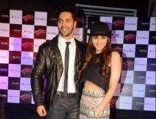 Varun Dhawan and Aalia Bhatt Photos