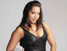 Meghna Naidu in Sikkapatte Istapatte Photos