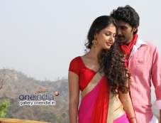 Monal Gajjar and Vikram Prabhu Photos