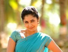 Kamalinee Mukherjee still from Govindudu Andarivadele Movie Photos