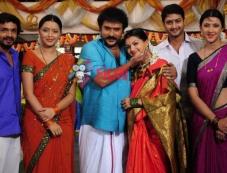 Vijay Raghavendra, Ravichandran and Saranya Mohan Photos