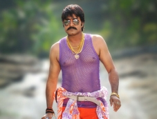 Srikanth still from Govindudu Andarivadele Movie Photos