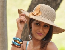 Neethu Aggarwal Photos