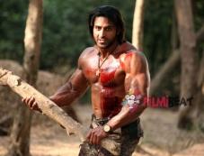 Varindar Singh Ghuman in Roar Photos
