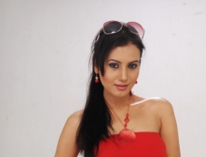 Anusmriti Sarkar stills from Heroine Movie Photos
