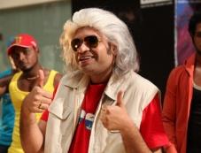 Premji Amaran stills from Maanga Movie Photos