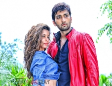 Madhurima Banerjee & Virat in Supari Surya Photos