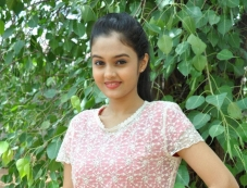 Pragathi (New Telugu Actress) Photos