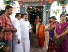 Veera Vamsam Movie Working Stills Photos
