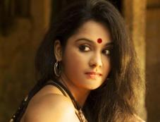 Lakshmi Priyaa Photos