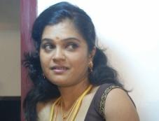Thigattadha Kadhal Photos