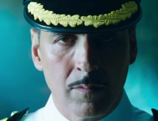 Akshay Kumar in Rustom Photos