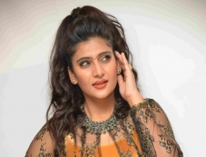 Neha Saxena Photos