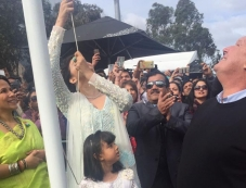 Aishwarya Rai Bachchan Becomes First Woman To Hoist Indian flag At IFFM 2017 Photos