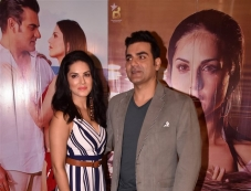 Sunny Leone & Arbazz Khan At Tera Intezaar Press Meet Photos