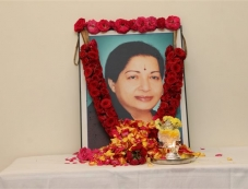 Vishal Pay Respect To Jayalalithaa On Her Death Anniversary Photos