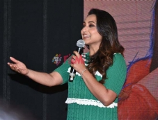 Rani Mukerji Oye Hicki Song Launch Photos
