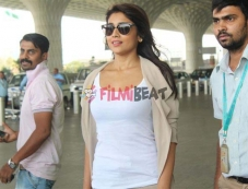 Shriya Saran Photos: Shriya Saran Latest Photos | Beautiful Pictures of Shriya Saran Photos